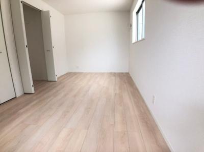 【子供部屋】大東市御供田5丁目 8号棟 新築戸建