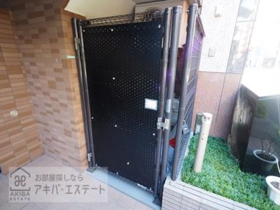 【設備】ガラ・ステージ京橋