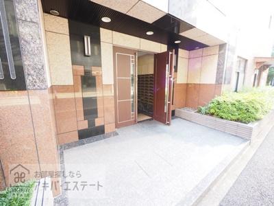 【エントランス】ガラ・ステージ京橋