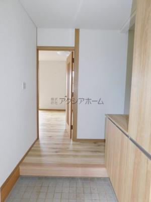 【玄関】所沢市久米 中古一戸建 ~広々LDK18帖~