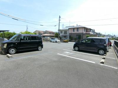 【駐車場】メゾン・エタンスレ