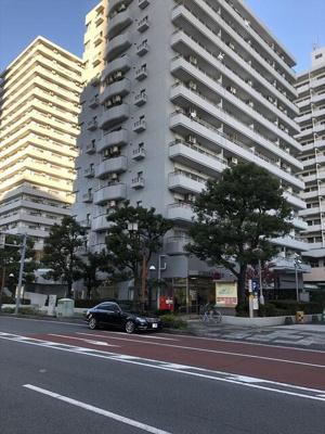 川口飯塚郵便局まで666m