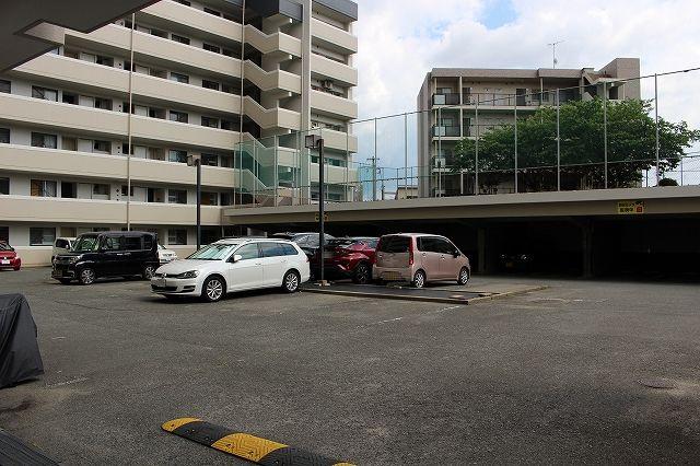 【駐車場】ロワールマンションアール 板付壱番館