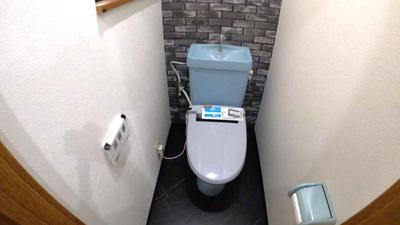 【トイレ】大阪市平野区長吉川辺3丁目 中古戸建