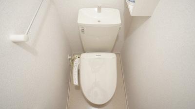 【トイレ】メゾン アルカンシェル トロワ