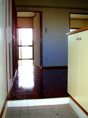 【玄関】ハイライフニーナ