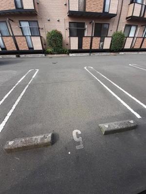 【駐車場】グランディオズ 富士