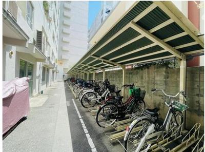 駐輪場。空有500円/月