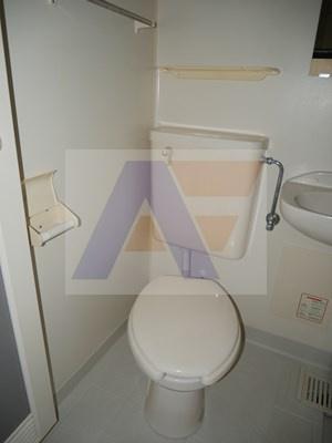 【トイレ】シェ・モア2