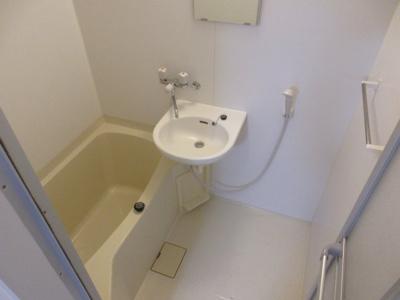 【浴室】イーストガーデン