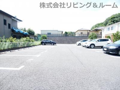 【駐車場】シンフォニーヒルズ
