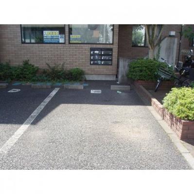 【内装】マロンクラッセ駐車場