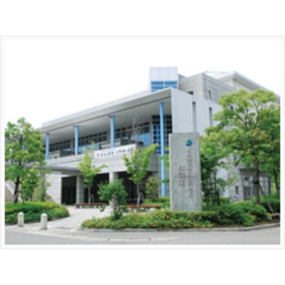 高校・高専「私立聖徳学園高校まで899m」