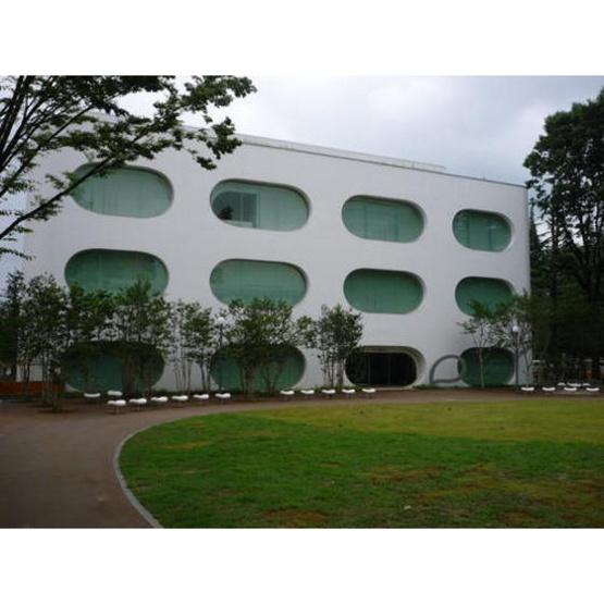 図書館「武蔵野市立ひと・まち・情報創造館まで515m」
