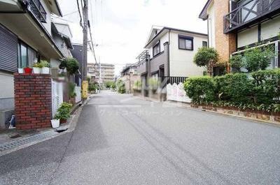 【前面道路含む現地写真】茨木市東太田4丁目戸建