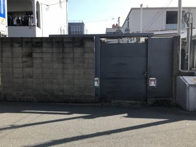現地の写真です。 大阪市立放出小学校まで徒歩4分(388m)・大阪市立放出中学校まで徒歩4分(344m)お子様の通学が安心な立地ですよ♪