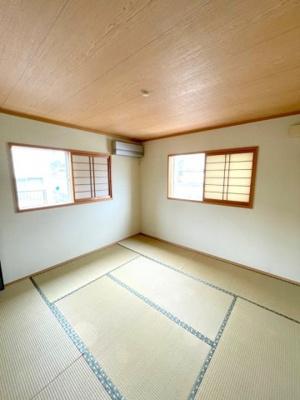 2階の和室約7.7帖です。和室は客間としても寝室としても使え便利です。