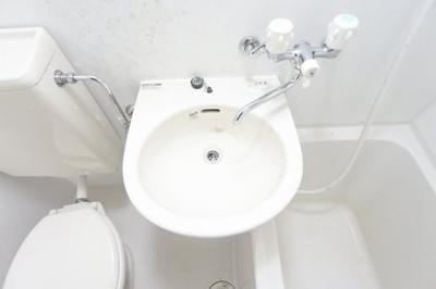 【独立洗面台】ニューライフ大手前参番館