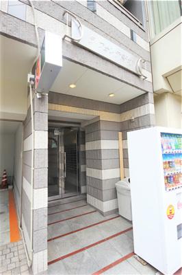 【エントランス】ラ・フォンテ新町