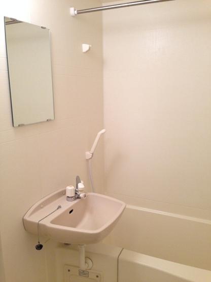 【浴室】レオパレスメルベージュ