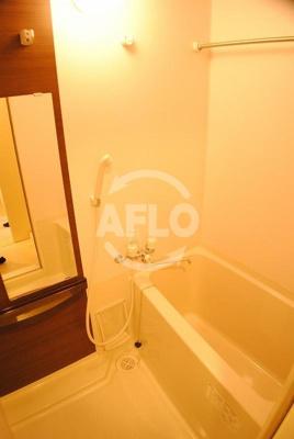 エステムプラザ難波WESTIIプレディア 浴室換気乾燥暖房機付バスルーム