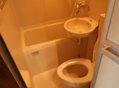 ☆ライフピアマティーニ☆コンパクトで使いやすいトイレです