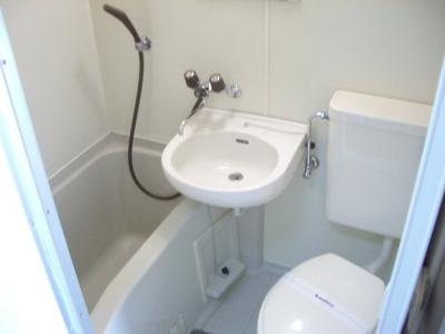 【浴室】レオパレス社台