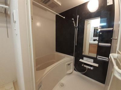 【浴室】ピースフル ガーデン