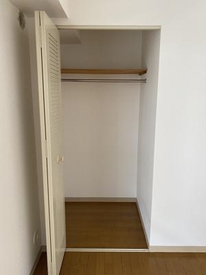 洋室のクローゼット