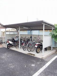入居者共用の駐輪場です