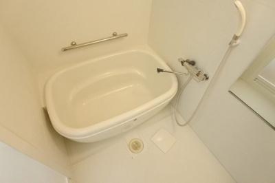 【浴室】メゾニティクイーン道頓堀