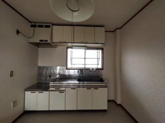 【キッチン】櫻井ハイツ