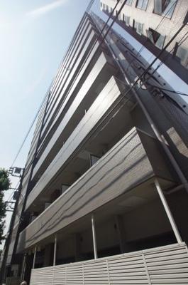 JR京浜東北線「川崎」駅より徒歩圏内の分譲賃貸マンションです。