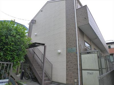 上大岡駅徒歩8分のアパートです
