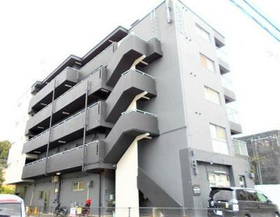 閑静な住宅地にある5階建て賃貸マンション☆