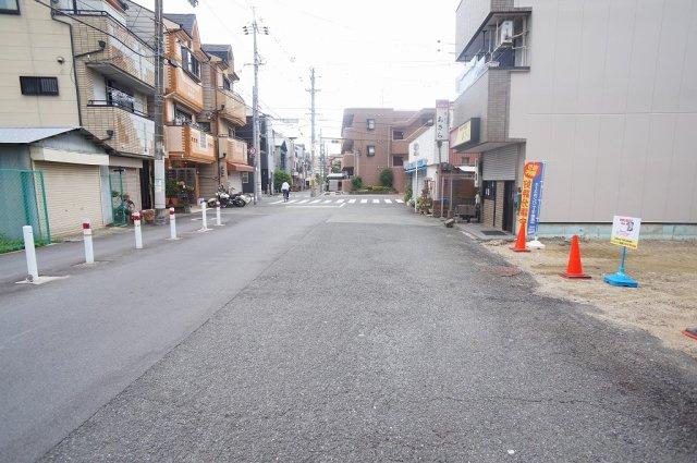 【前面道路:幅員約10.5m☆】