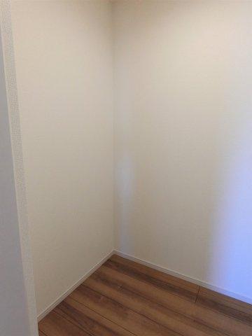 2階ストレージルーム(納戸)です。季節用品がタップリ収納できます。