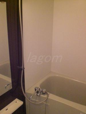 【浴室】エスリード谷町六丁目
