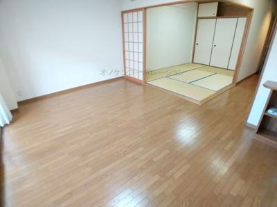 【居間・リビング】コーストビューサントピアプリーザ
