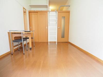 ロフトが有るので居室を広々使えます♪是非、見てみてください!