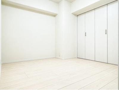 マンションVIP新宿柏木の洋室です。