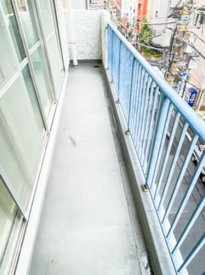 マンションVIP新宿柏木のバルコニーです。