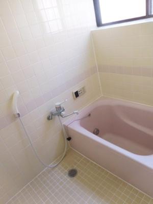 【浴室】向陽台5丁目貸家