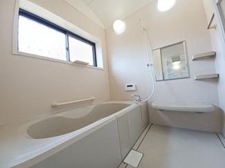グランファミーロ リ・スタイル貝塚 広々とした浴室で一日の疲れをリフレッシュできます!