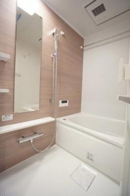 日神パレステージ志茂の浴室です。