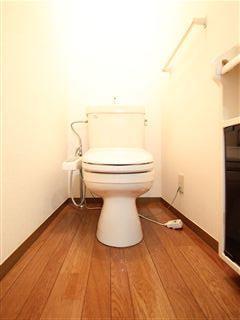 温水洗浄便座完備