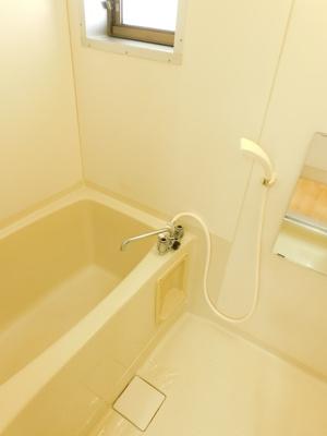 【浴室】ヴィラサンベルトB