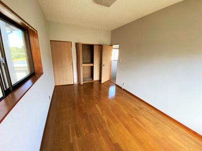 【洋室】かやの邸貸家