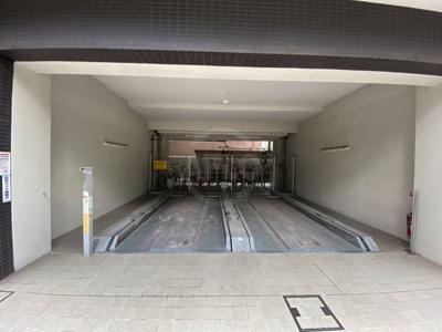 BPRレジデンス京町堀 駐車場