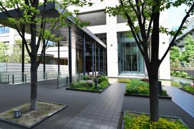 【エントランス】クロスタワー大阪ベイ